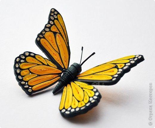 Всем доброго времени суток!!!  Соскучилась я по квиллингу...в итоге появилась вот такая бабочка. Цветовая гамма совсем не весенняя (как мне показалось) но моя красавица оказалась с характером и потребовала именно такое оформление)))  фото 10
