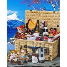 One of our most popular Scottish Christmas hampers. Buy online from our shop here: http://www.scottish-hampers.com/kinloch-scottish-gift-hamper.html