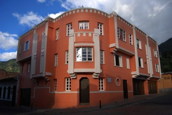 Hotel Casa Deco is a charming boutique hotel in the heart of La Candelaria, the first established neighborhood of Bogota, Colombia.