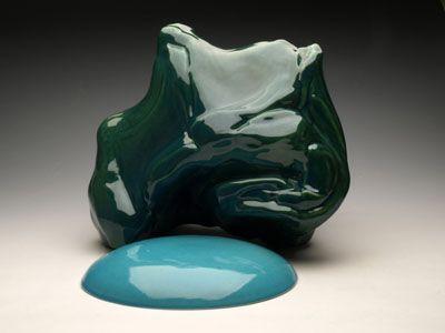 Dawn Youll  A view,  2008    Glazed ceramic  31,5 cm