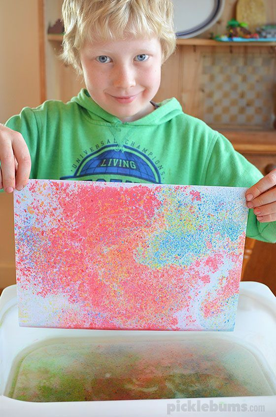 Floating Chalk Printing - an easy yet magical art activity #painting #activity #kids