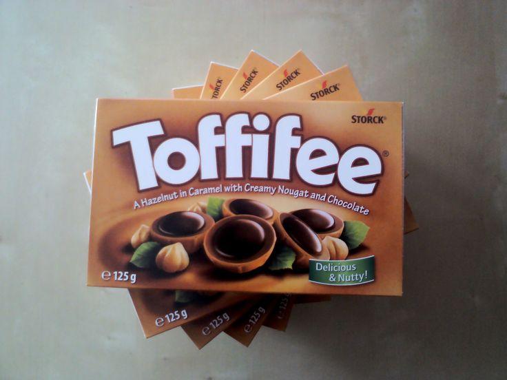 Efsane Alaman çikilatası Toffifee   Toffifee Karamel ve Çikolata Kaplı Fındıklı Nuga  www.cikolatalimani.com