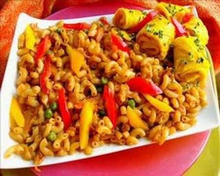 23 best images about surinaams eten on pinterest ovens for Surinaamse keuken bara