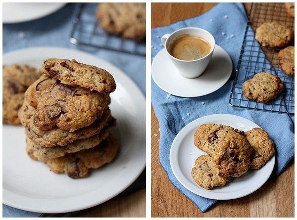 Cookies aux noix, chocolat et sucre perlé