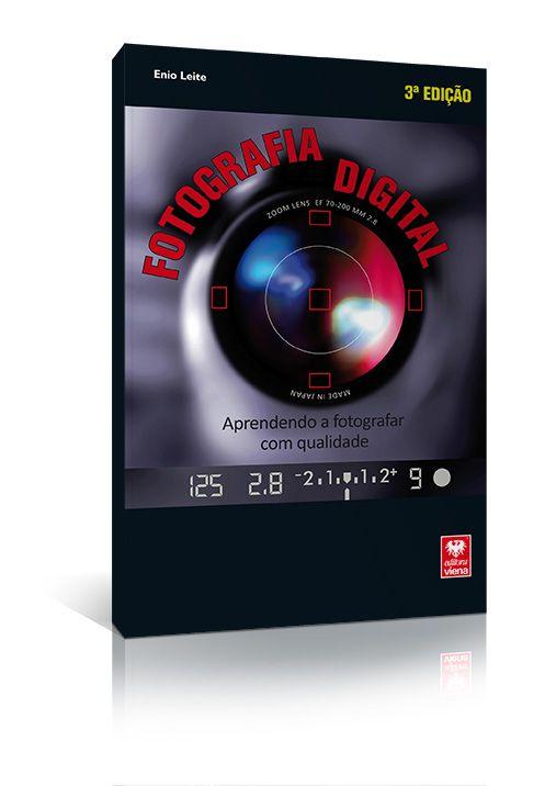 Um dos melhores e mais completos livros didáticos sobre fotografia digital, totalmente revisado e atualizado pelo próprio autor, agora em sua 3ª edição.