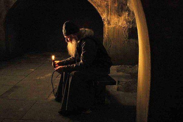Προσκυνητής: Το να προσεύχεται κανείς και να αφοσιώνεται στο έργο της προσευχής είναι αγώνισμα.