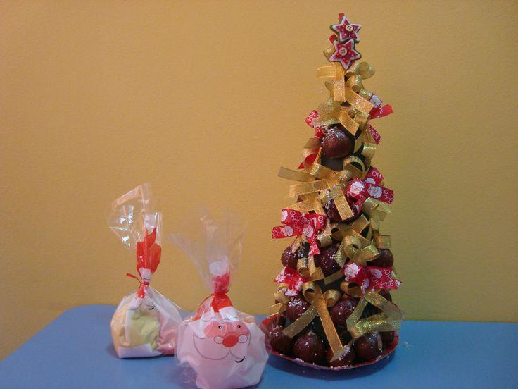 Χριστουγεννιάτικο δέντρο με δωράκια (χειροποίητη πλαστελίνη και νερομπογιά) # christmas tree craft
