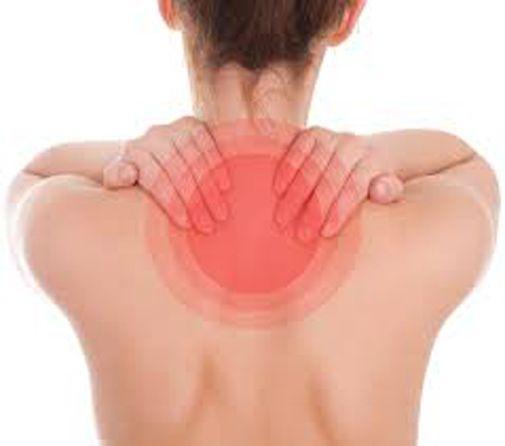 Come prevenire e alleviare il dolore cervicale con semplici esercizi (puoi farli anche alla scrivania) - http://www.sostenitori.info/prevenire-alleviare-dolore-cervicale-semplici-esercizi-puoi-farli-anche-alla-scrivania/264834