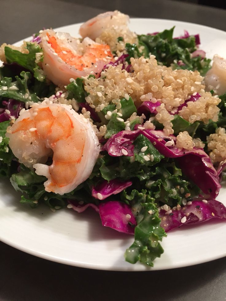 Here's an up close and personal shot with my Kale & Cabbage Detox Salad! It's full of fibre, antioxidants, and sulfur to help detoxify your body and keep your liver healthy. The dressing has apple cider vinegar and garlic that are great anti-viral and anti-bacterial agents. Check out this recipe....  #smartfuel #smartfuelyyc #detox #cleanse #salad #recipe #kale #cabbage #glutenfree #paleo #vegan #vegetarian #yyc #nutrition #healthy #fit #holistic #quinoa #calgary #healthyyyc #sugarfree