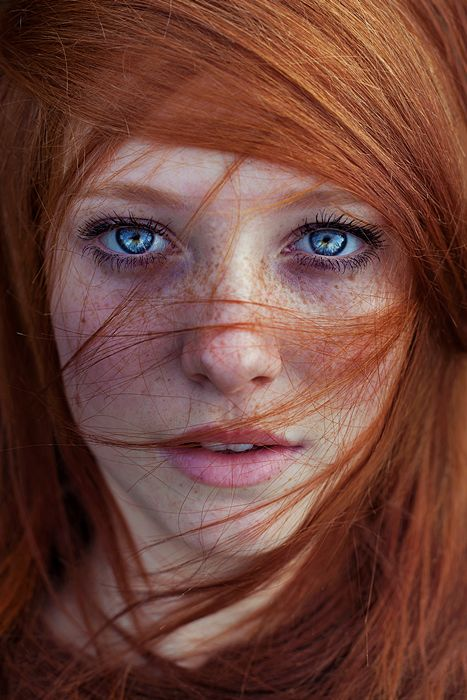 There is nothing more beautiful than a red head with freckles;)