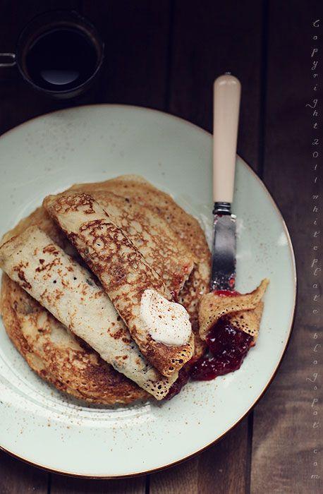 http://whiteplate.com/2011/05/nalesniki-gwyneth-paltrow/