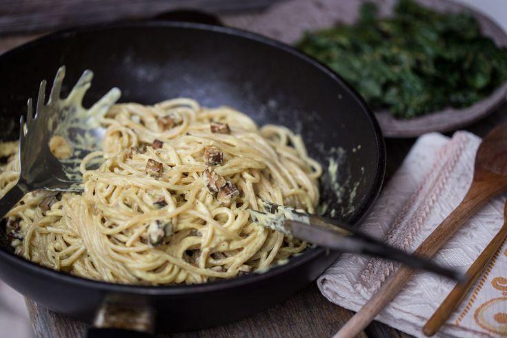 Preparare una perfetta carbonara vegan non è mai stato così facile. Con la ricetta dello chef Martino Beria preparerete una carbonata vegan da gourmand!