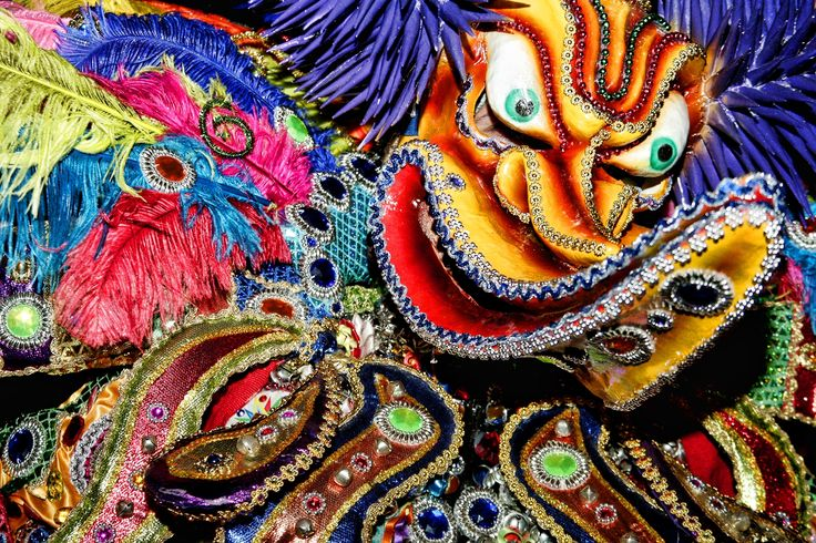 Carnaval - je najveći godišnji festival u Dominikanskoj Republici. Slavi se po ceo dan, uživajuci u muzici i igri.  #travelboutique #dominicana #putovanja #festival