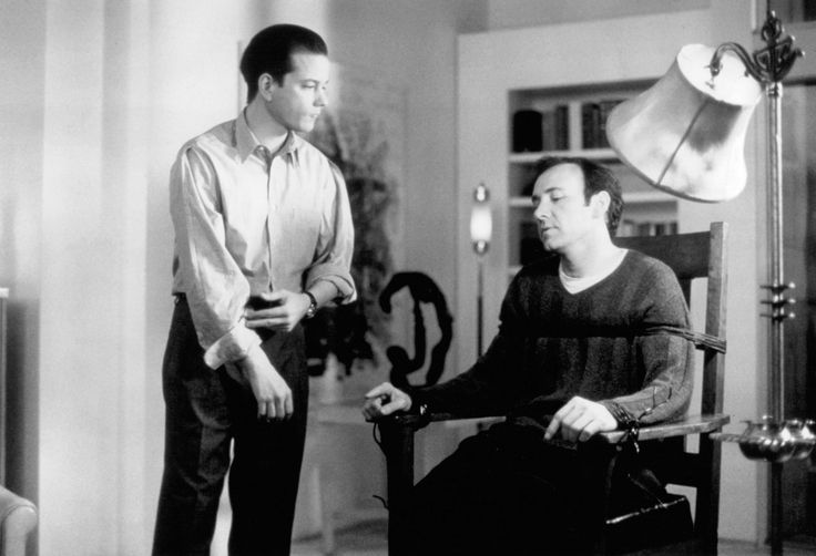 """""""Swimming With Sharks"""" movie still, 1994.  L to R: Frank Whaley, Kevin Spacey."""