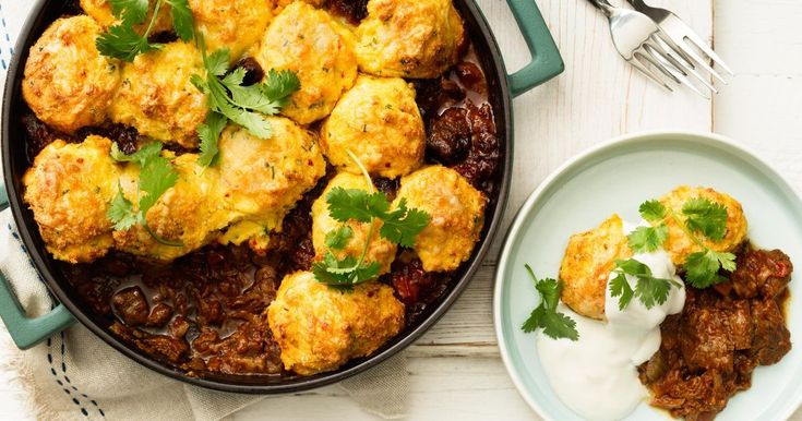 The best thing about winter? Rugging upwith a big bowl of hearty comfort food!From soups to stews, casseroles to curries, here are our top picks for the perfect winter warmers.