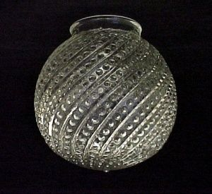 Bead Swirl Clear Glass 3 1/4