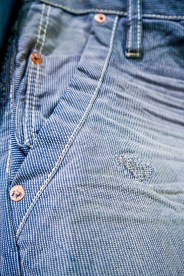 perceba as diversas texturas e lavagens de jeans... 3 - a revanche cada uma com sua mensagem !... umas bemmmm informais... outras nem tão informais assim... sente só !
