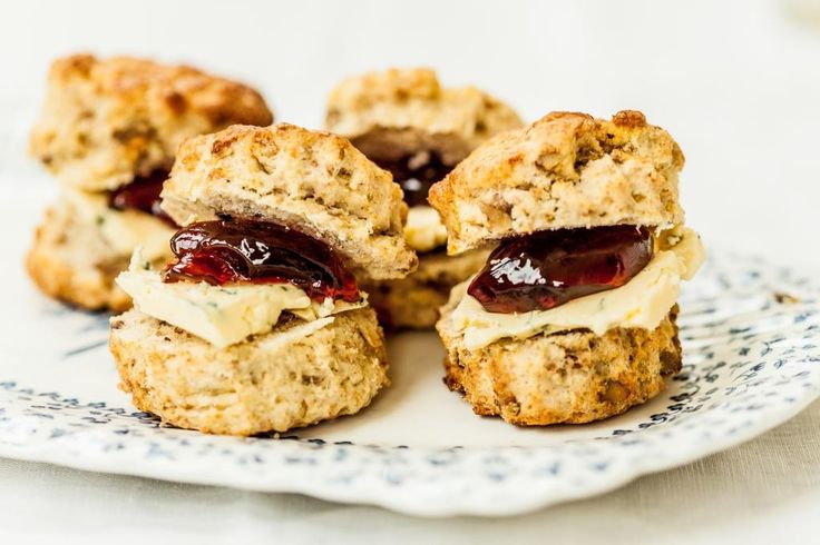 Scones, is there a better vessel for your homemade jam? Originating from the UK, very likely from Scotland but let's not open that can of worms or we'll end up in a Pavlova-esq controversy. The scones of old were made with ground oats and cooked on a griddle until the introduction of baking powder which…