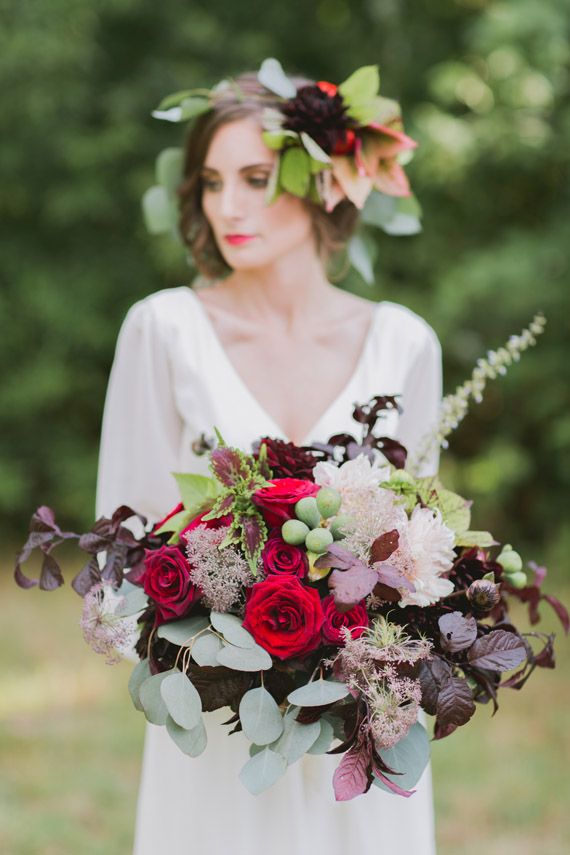 Fall floral wedding inspiration | Photo byTori Watson of Marvelous Things Photography | Read more - http://www.100layercake.com/blog/?p=78183
