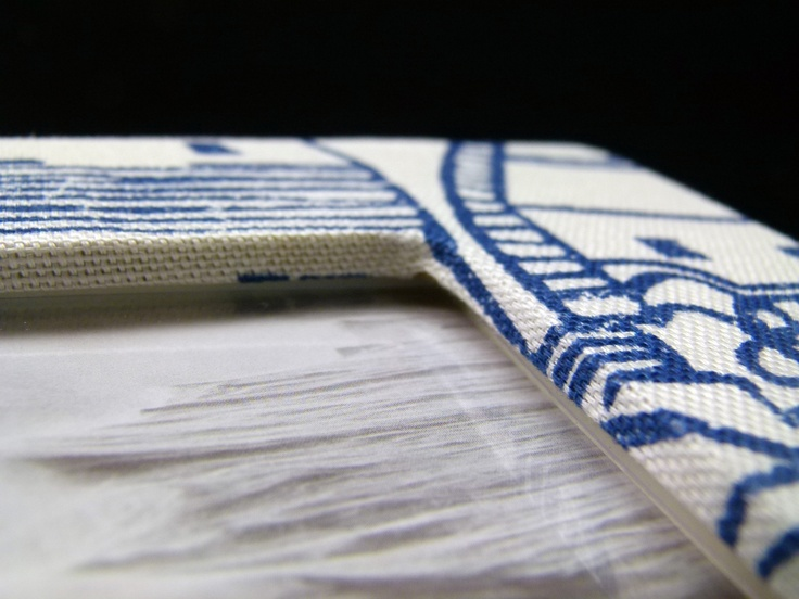 St Ives-Indigo Photo Frame detail. A statement print, the St Ives-Indigo frame is covered with beautiful hand applied Sanderson cotton cambric for an individual look.
