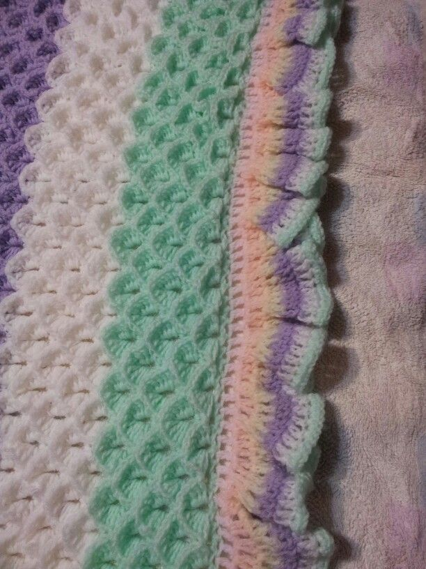 Crocodile stitch baby blanket.  Free pattern from Bernat.