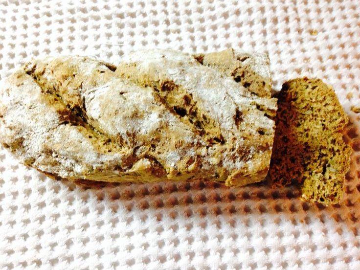 Pâine fară gluten , fără drojdie , fără maia – Amoraws