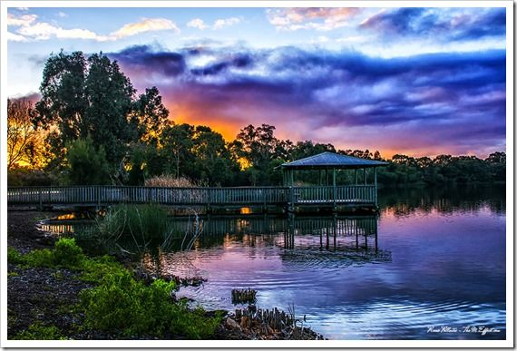 Lake Monger - Perth. Sunrise on a cloudy day