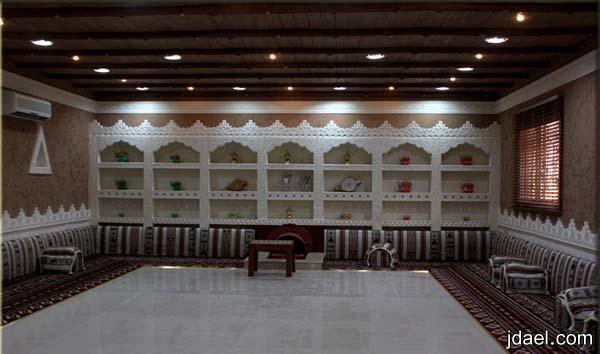 ديكورات مجالس تراثيه قديمه بتصاميم وبناء عصري منتدى جدايل Home Decor Decor Valance Curtains