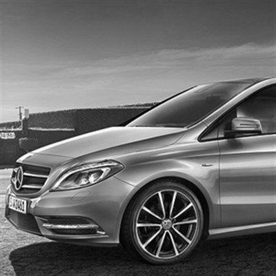 Se vad andra som köpt Mercedes-Benz B-klasstycker om bilen!