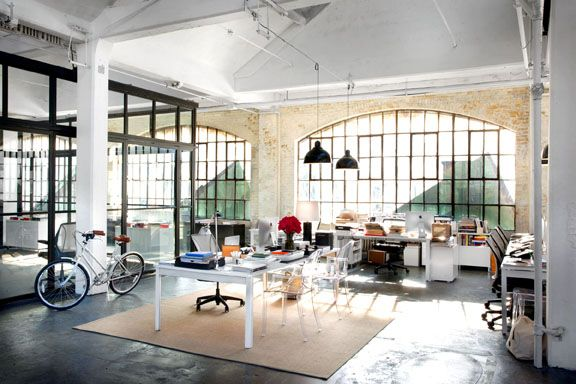 The Brooklyn set of Director Nancy Meyers's latest film, THE INTERN, as featured in Traditional Home.