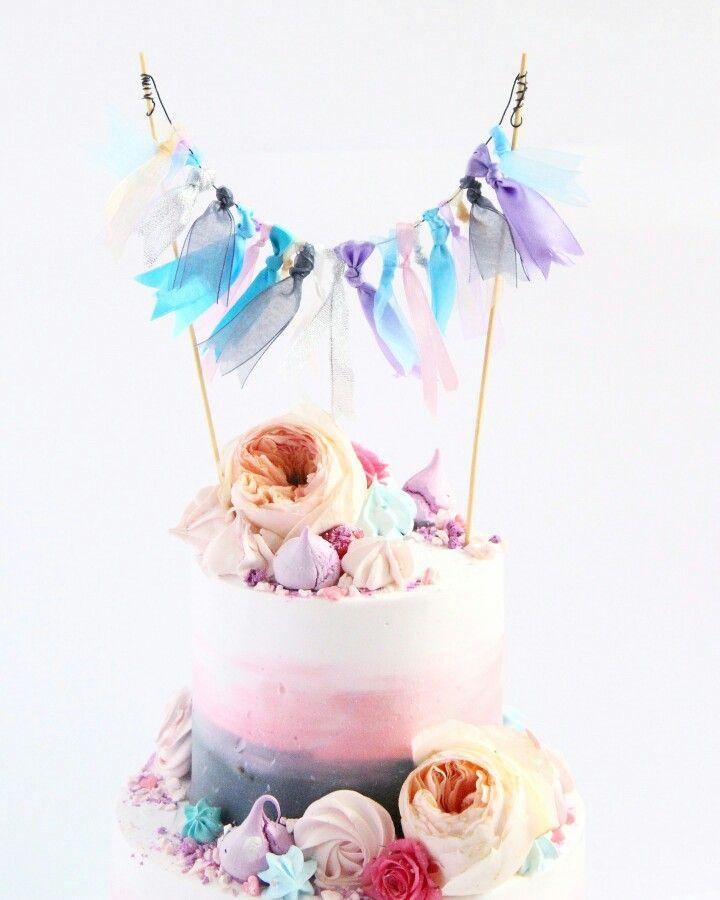 Торт для девочки,девушкь. Омбре. Нежный торт. Свадебный торт . торт с живыми цветами.