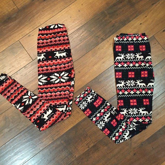 Reindeer Holiday Leggings $9! #apricotlaneomaha #apricotlane #reindeer #holiday #leggings #winter #cute