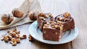Fudge al cioccolato e noci ricetta originale americana delle caramelle al mou