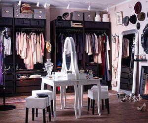 大好きなお洋服に埋もれた〜い!憧れの衣装部屋をつくるインテリア|MERY [メリー]