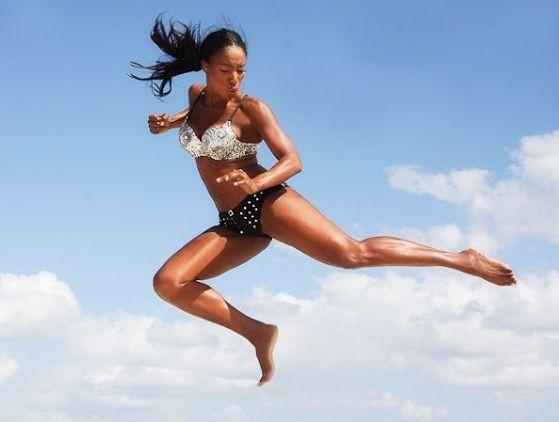 Út az álomalak felé avagy napi 10 perc Tiffany Rothe-tal - Ha te is azok közé tartozol, akinek nincs elég ideje, vagy még nem tudta rászánni magát a rendszeres mozgásra, akkor Tiffany Rothe 10 perces rövid edzéseit neked találták ki!