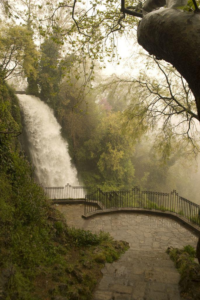 Edessa's Waterfall in Edessa city n de capital of de Pella regional unit, in de Central Macedonia region of northern Greece