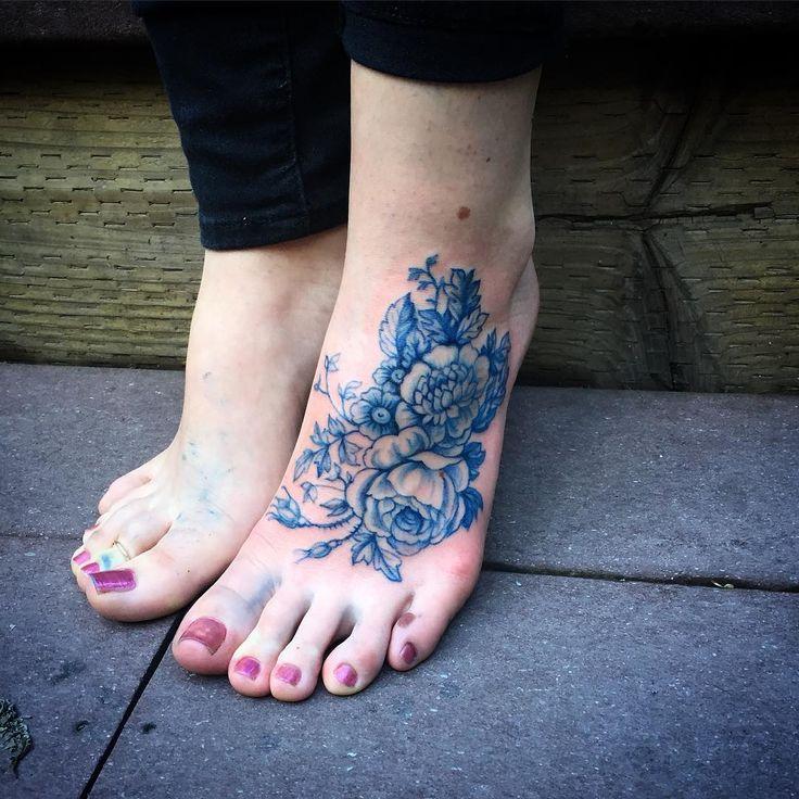 les 48 meilleures images du tableau tatouage ours montagnes tournesol sur pinterest tatouages. Black Bedroom Furniture Sets. Home Design Ideas