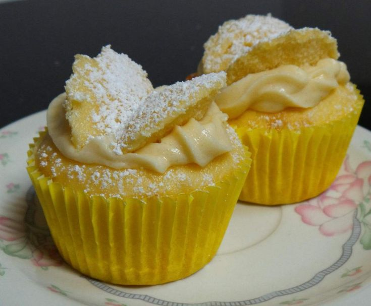 Recipe HUNTERS Lemon Cream Cheese Angel Cupcakes by Cozzy - Recipe of category Baking - sweet