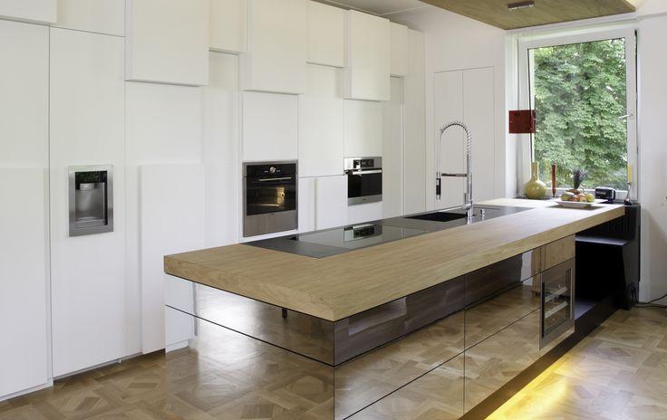 Küche Eiche und Spiegelfronten