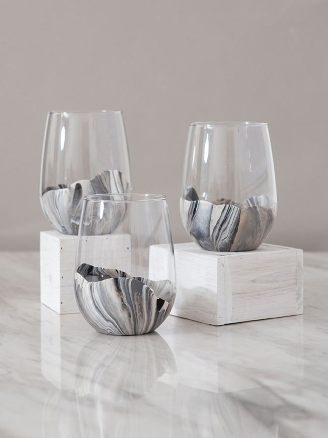 08e0eb4d8b4 You HAVE To See How Easy These Marble Wine Glasses Are To Paint ...