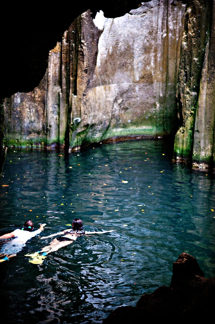 Visiting the blue lagoon caves in Fiji. Holiday at Yasawa Island Resort & Spa. holidayswithkids.com.au/feature_stories/fiji