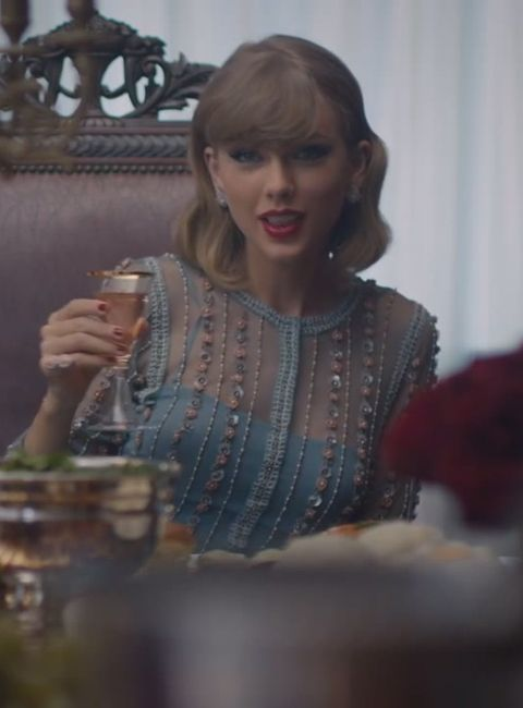 """Taylor Swift Changes 20 Times (AKA Every 12 Seconds!) in Her New Video """"Blank Space"""" 