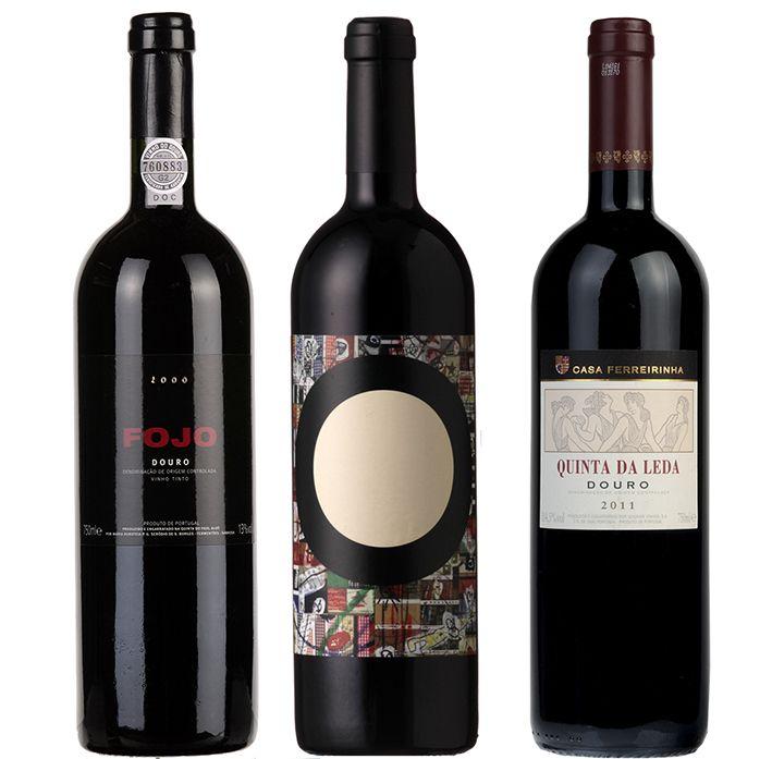 O tinto do Douro Fojo 2000 conseguiu a mais alta pontuação para um vinho não generoso até hoje na publicação de Robert Parker, a Wine Advocate. A nota foi dada por Mark Squires, o provador responsável pelos vinhos portugueses nesta organização.