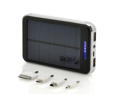 Baterie externa solara cu o capacitate foarte mare - 20.000 mAh.