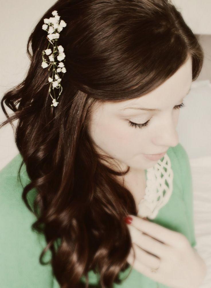 pretty, simple bridesmaids hair?