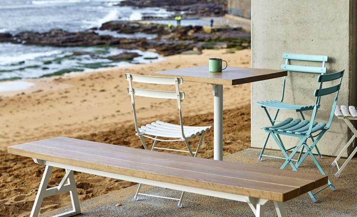Six Great Sydney Cafes Within Walking Distance of the Beach