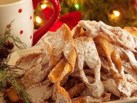 Comfy Cuisine: The Ultimate Cookie Exchange #SundaySupper - Polish Chrusciki (Bow Ties)