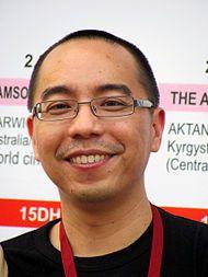 アピチャートポン・ウィーラセータクン(อภิชาติพงศ์ วีระเศรษฐกุล, Apichatpong Weerasethakul, 1970年7月16日 - )は、タイの映画監督・映画プロデューサー・脚本家、美術家。チェンマイを拠点に映画やビデオ映像、写真を制作する。愛称は、ジョー (Joe)[1]。