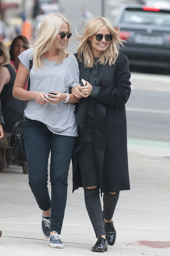 Lara Bingle and Friends Stock Up for Australia Day