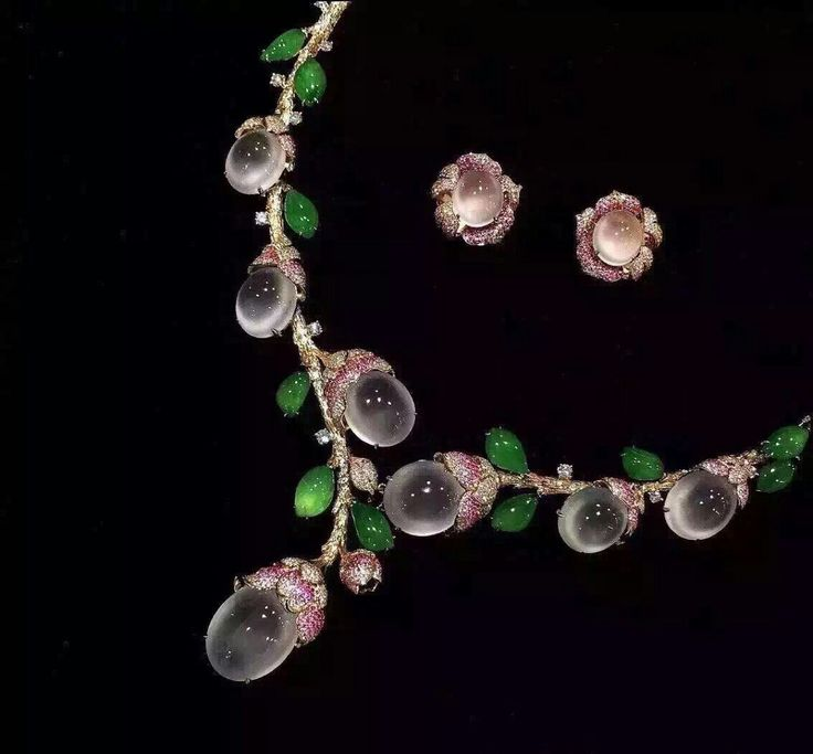 GABRIELLE'S AMAZING FANTASY CLOSET |  Pink & Green Jade Necklace & Earrings